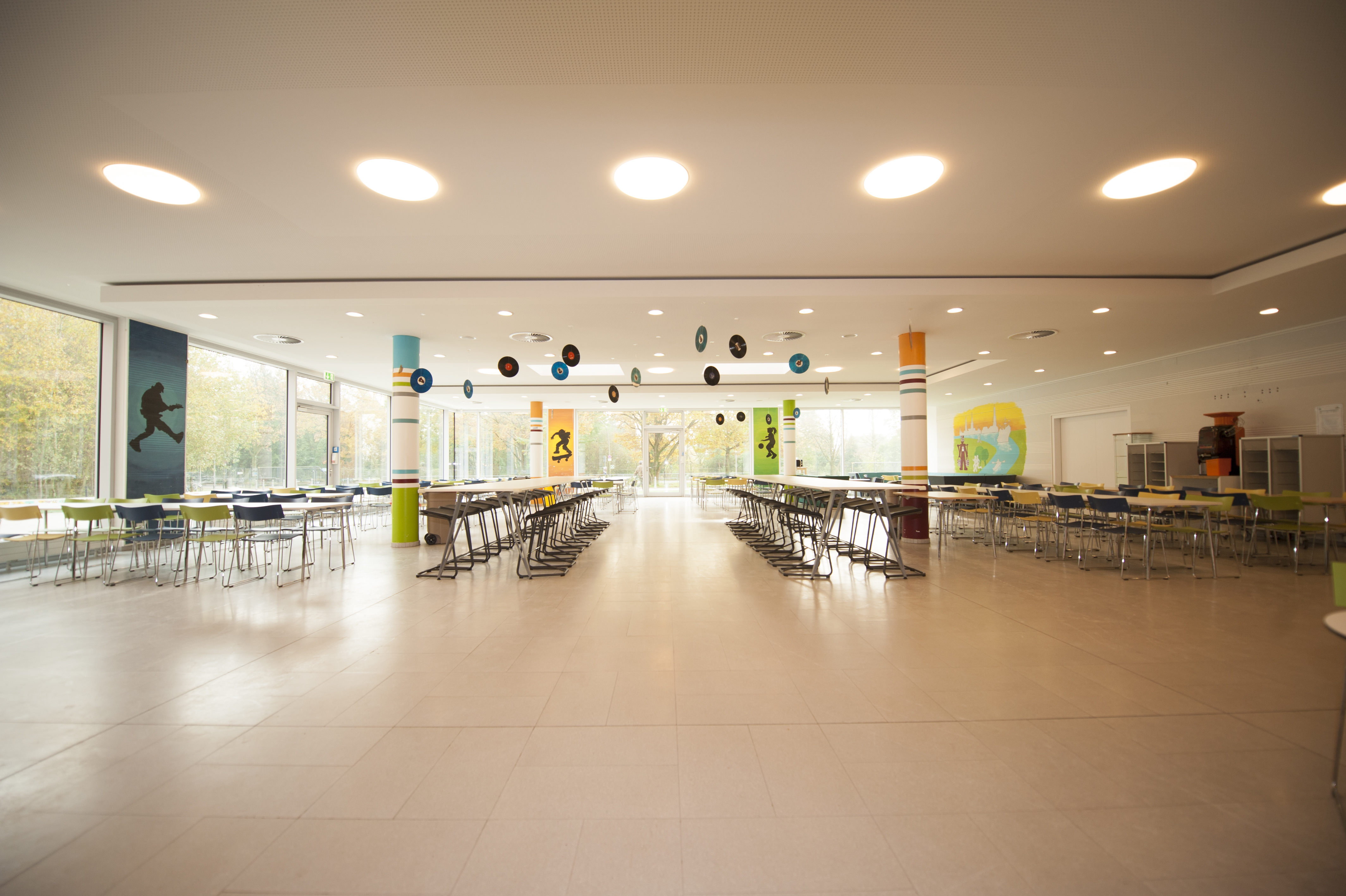 International School of Hamburg Cafeteria