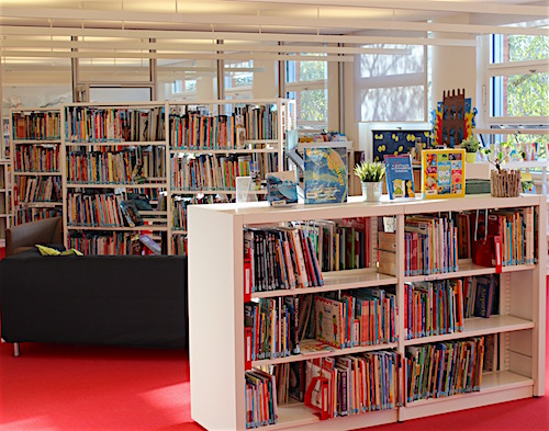 Junior School Library at ISH